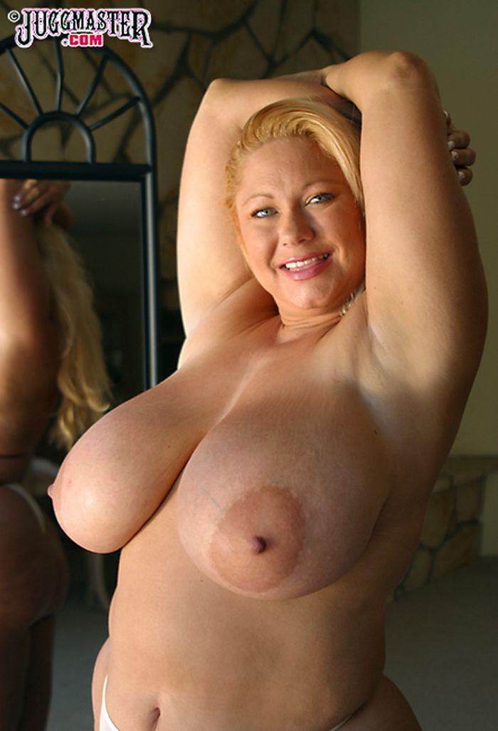 Порно беременные с огромными сиськами с молоком