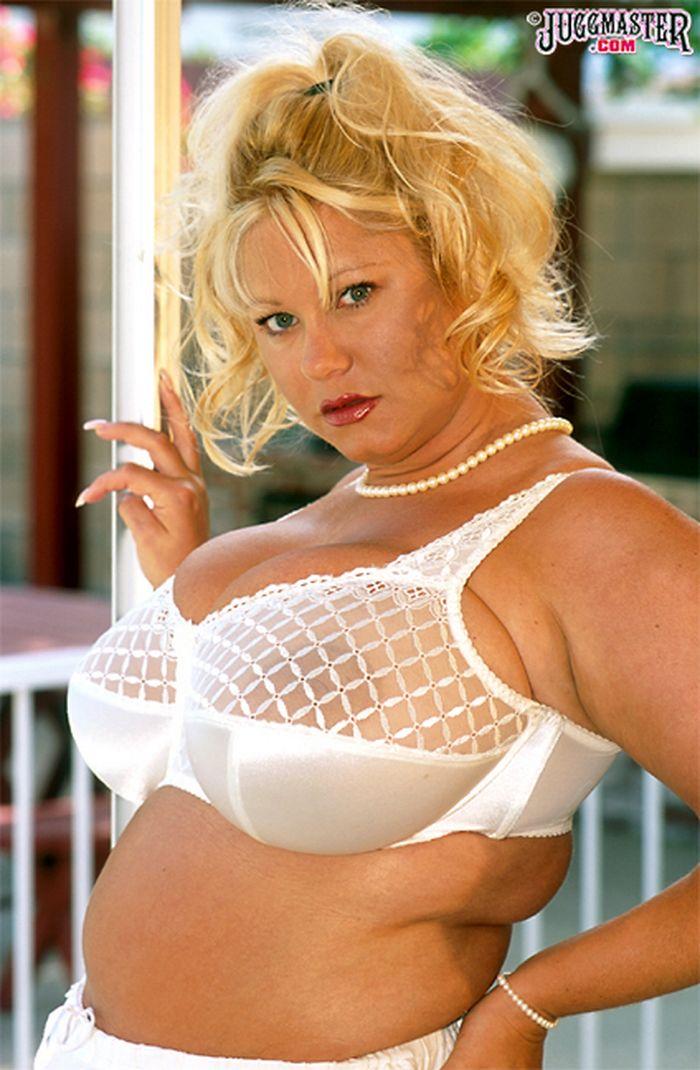 порно фото с грудью 9 размера и бальшой попай