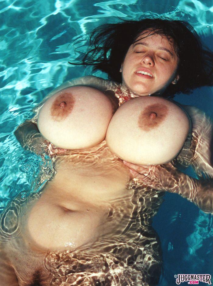 фото женщин с огромными сиськами
