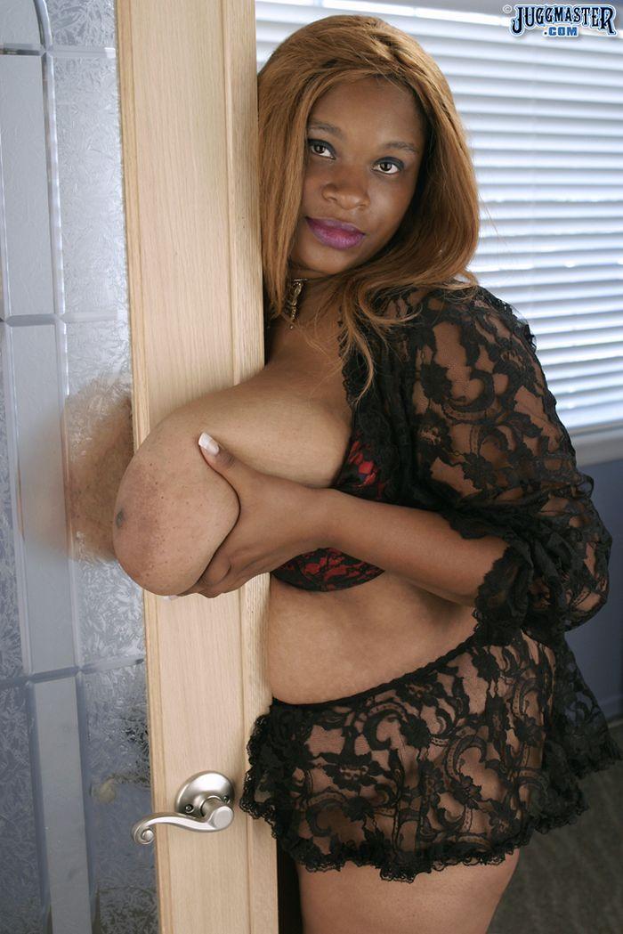 бабушки с большими грудями: