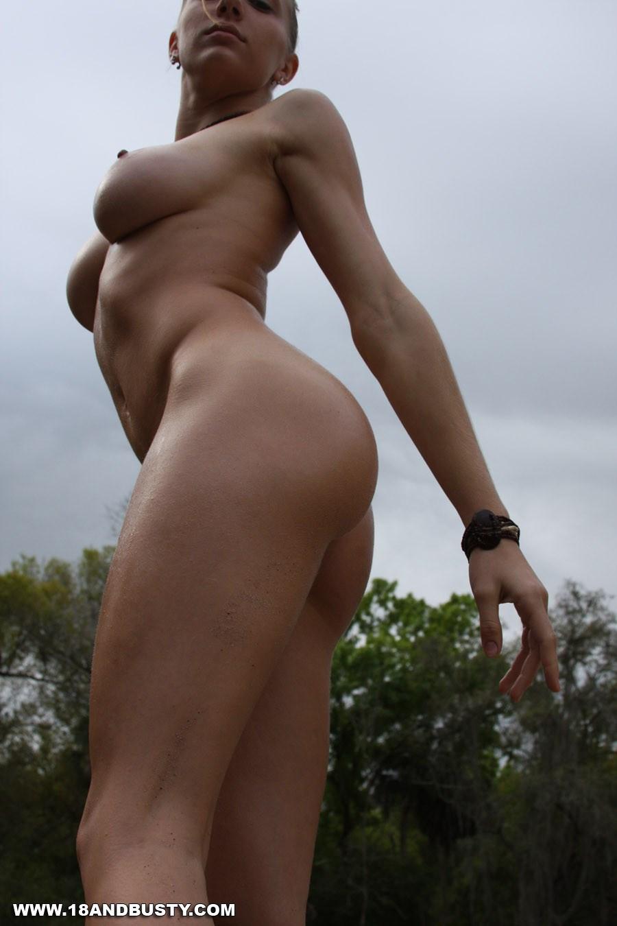 Частное порно фото ню девушек смотреть бесплатно