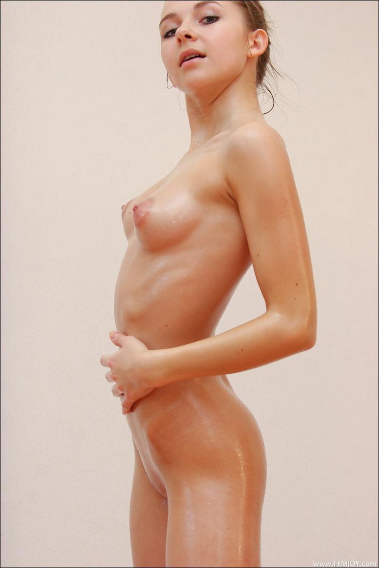 Как увеличить женску грудь