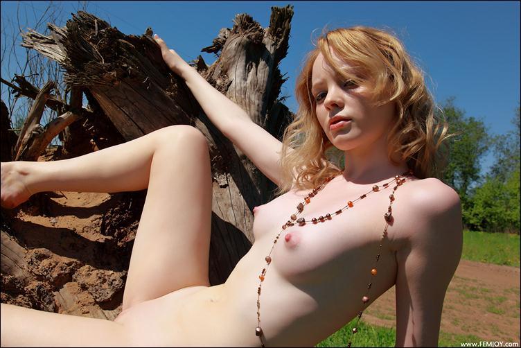 видео порно стоячая грудь