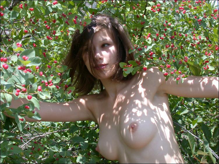 Диане увеличивает грудь